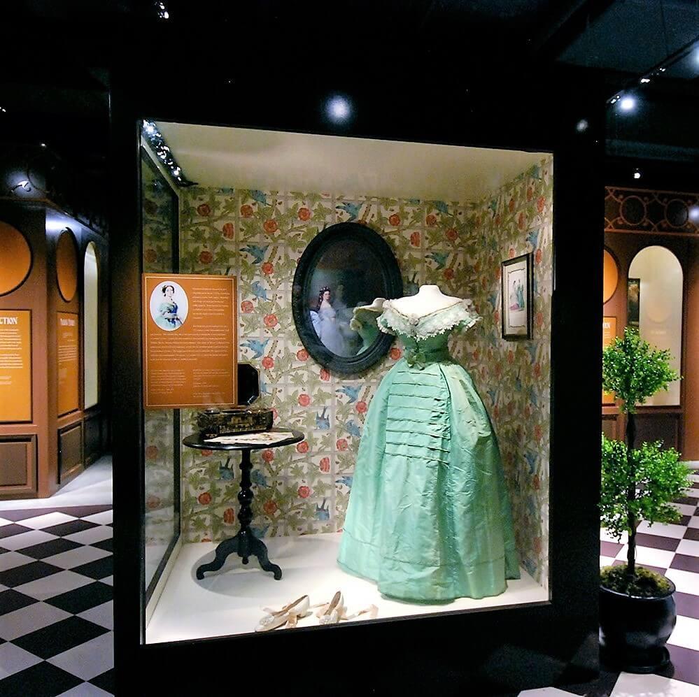 Arsenic green dress - Bata Shoe Museum, Toronto